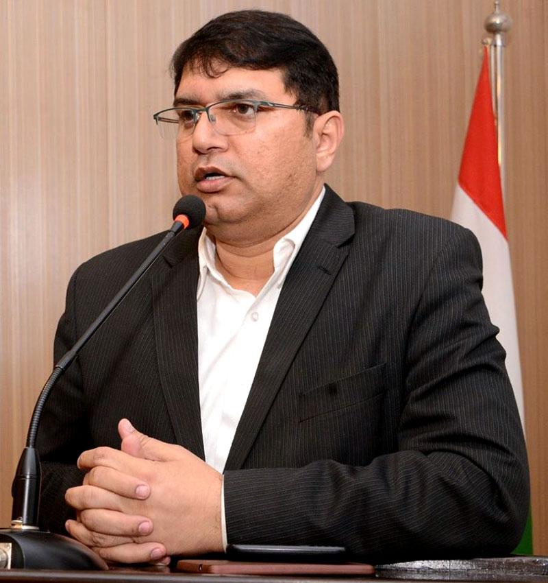 وزراء، بیوروکریٹس کے خلاف کارروائی کا فیصلہ جرات مندانہ ہے، عوامی تحریک