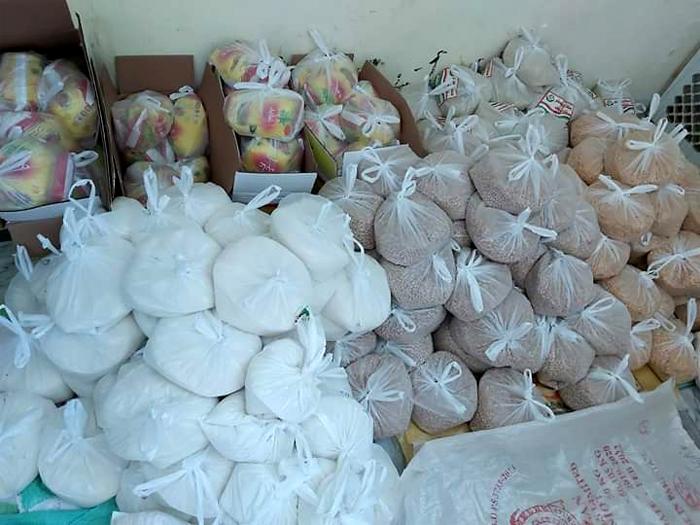 گجرات: منہاج ویلفیئر فاؤنڈیشن کی جانب سے راشن پیکجز کی تقسیم