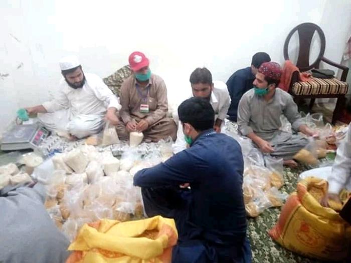 ٹیکسلا (راولپنڈی): منہاج ویلفیئر فاؤنڈیشن کی جانب سے راشن پیکجز کی تقسیم