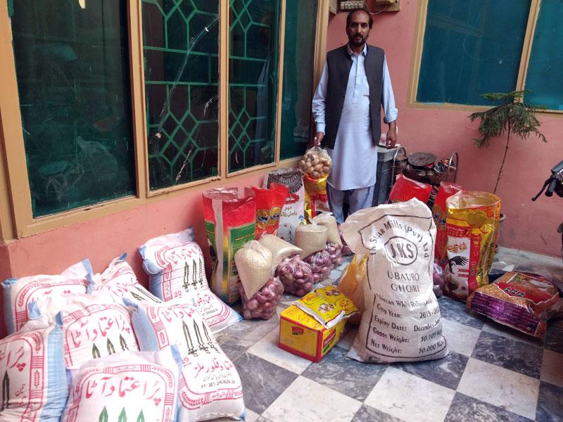کوئٹہ: منہاج ویلفیئر فاؤنڈیشن کی جانب سے راشن پیکجز کی تقسیم