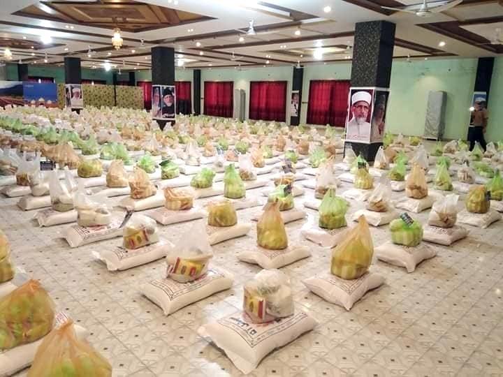 چکوال: منہاج ویلفیئر فاؤنڈیشن کی جانب سے 600 گھرانوں میں عید راشن پیکجز کی تقسیم