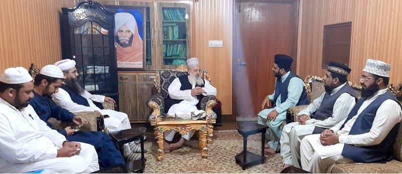 پیر سید منور حسین شاہ جماعتی سے منہاج القرآن علماء کونسل کے مرکزی وفد کی ملاقات