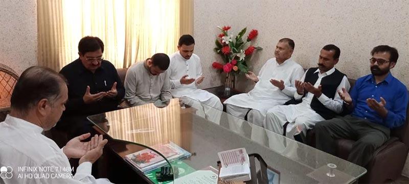 ناظم اعلیٰ خرم نواز گنڈاپور کا بھکر اور لودھراں میں قائدین و کارکنان تحریک کے عزیز و اقارب کی وفات پر انکے اہل خانہ سے اظہار تعزیت