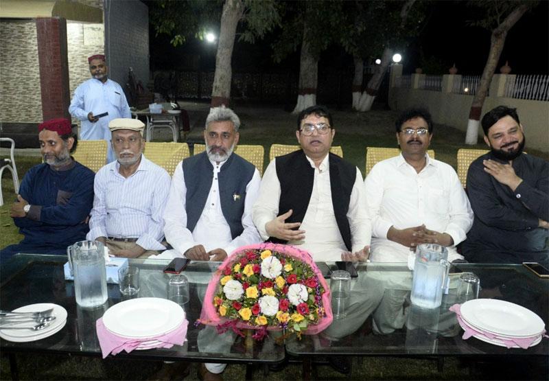 تحریک صوبہ ملتان کی طرف سے عوامی تحریک کے مرکزی سیکرٹری اطلاعات نوراللہ صدیقی کے اعزاز میں عشائیہ