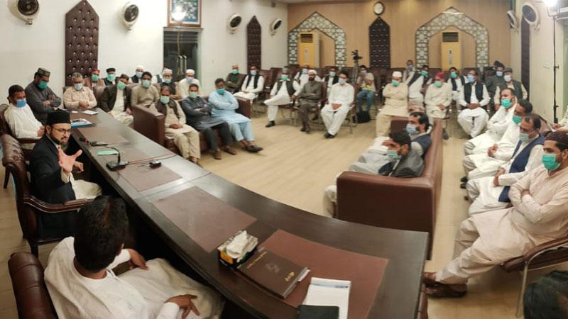منہاج القرآن گجرات کے عہدیداروں کی ڈاکٹر حسن محی الدین قادری سے ملاقات