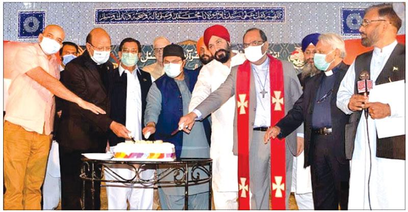 تحریک منہاج القرآن کی ضیافت میلاد، مختلف مذاہب و مسالک کے نمائندوں کی شرکت
