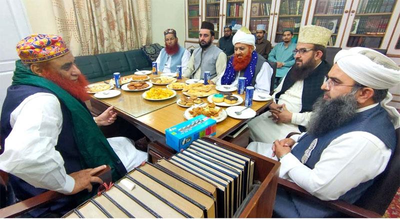 علامہ پیر سید ریاض حسین شاہ سے منہاج القرآن علماء کونسل کے وفد کی ملاقات