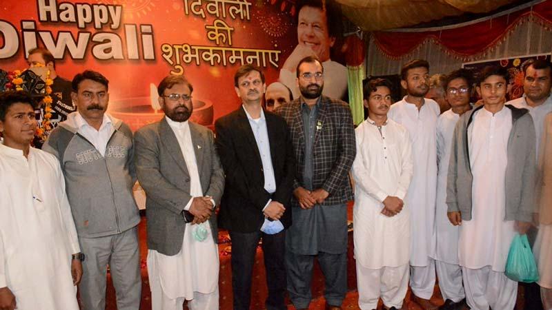 منہاج القرآن انٹرفیتھ ریلیشنز کے ڈائریکٹر سہیل احمد رضا کی دیوالی تقریب میں شرکت