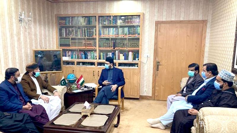 پیر سید حسنین محبوب گیلانی وارثی کی ڈاکٹر حسن محی الدین قادری سے ملاقات