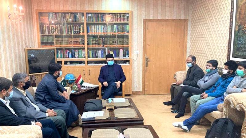 منہاج ڈیجیٹل انسائیکلوپیڈیا (MDE) کی ڈویلپنگ ٹیم کی ڈاکٹر حسن محی الدین قادری سے ملاقات
