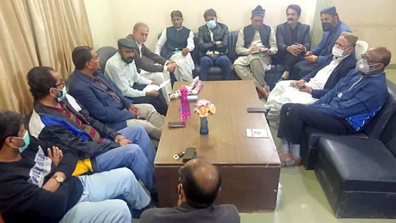 پاکستان عوامی تحریک کراچی کا اجلاس، پیٹرولم مصنوعات کی قیمتوں میں اضافے کی شدید مذمت