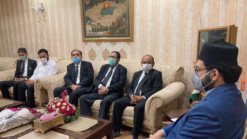 سینئر وکلاء کے وفد کی ڈاکٹر حسن محی الدین قادری سے ملاقات