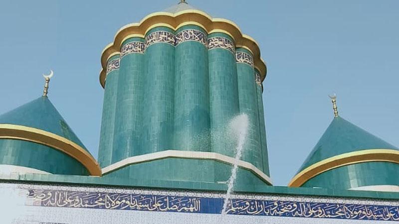 مرکزی سیکرٹریٹ منہاج القرآن کی جراثیم کش ادویات ملے پانی سے مکمل صفائی