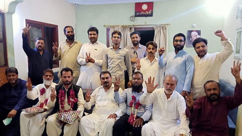 ملت کشمیر ہیومن رائٹس کے بانی چیئرمین مطیع الرحمن آسی ساتھیوں سمیت پاکستان عوامی تحریک میں شامل