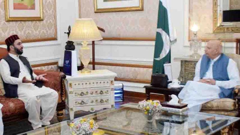 Allama Mir Asif Akbar calls on Governor Punjab