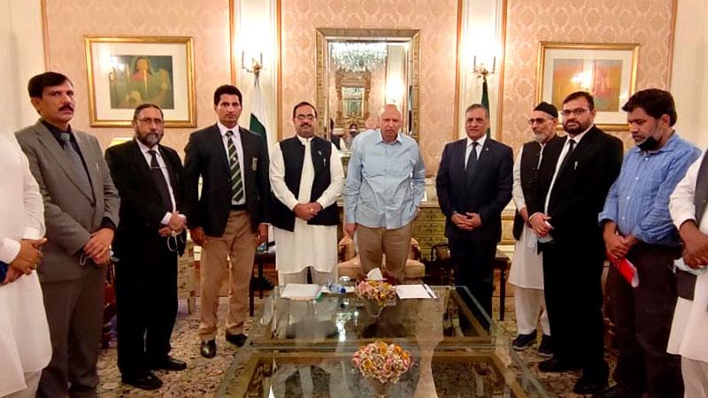 منہاج یونیورسٹی لاہور کے وفد کی گورنر  پنجاب سے ملاقات