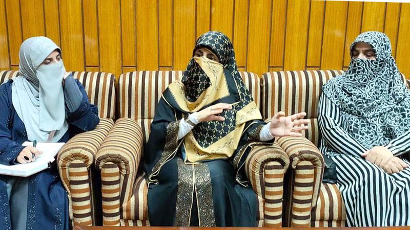 منہاج القرآن ویمن لیگ ایگزیکٹیو ٹیم کی محترمہ فضہ حسین قادری کے ساتھ نشست