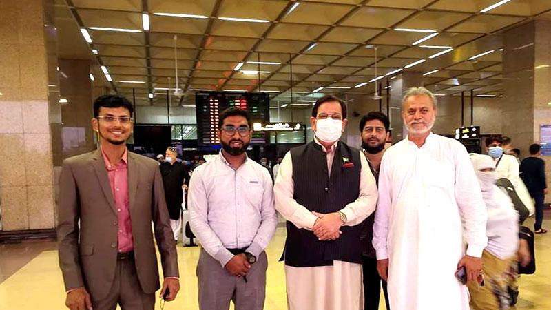 خرم نواز گنڈاپور تنظیمی دورہ پر کراچی پہنچ گئے